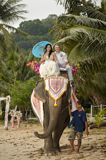 Samui beach wedding wedding celebrant