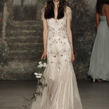 Jenny-Packham-Spring-2016-bridal-dress-4