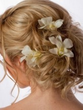 Wedding-Hairstyles-wtih-yellow-Flowers-e1338186113205-252x336